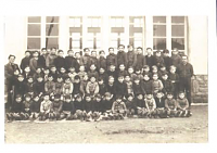 école privée - photo de classe M. CHESNAY en 1944